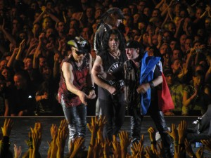My-SCORPIONS-Concert-at-Paris-Bercy-the-23th-november-2011-au-bout-de-mes-reves-27066300-2560-1920